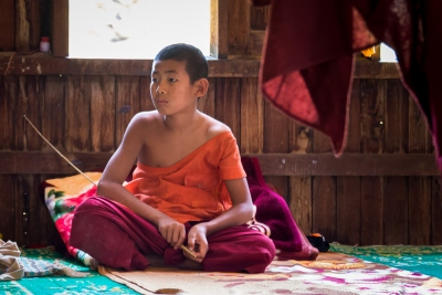 Monastère sur le lac Sankar